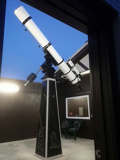 140724 Scope pointed at night